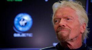 Richard Branson Steals The Glory From Jeff Bezos