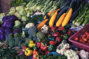 What should we be eating to reduce the risk to ourselves against cancer?